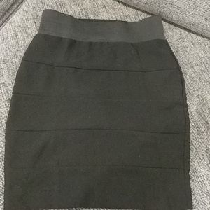 Black super stretchy elastic waist skirt